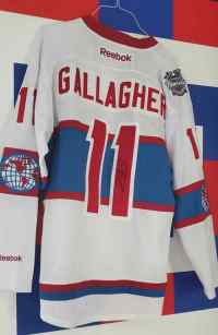 #11 B. Gallagher Signed Winter Classic Jersey thumbnail 0
